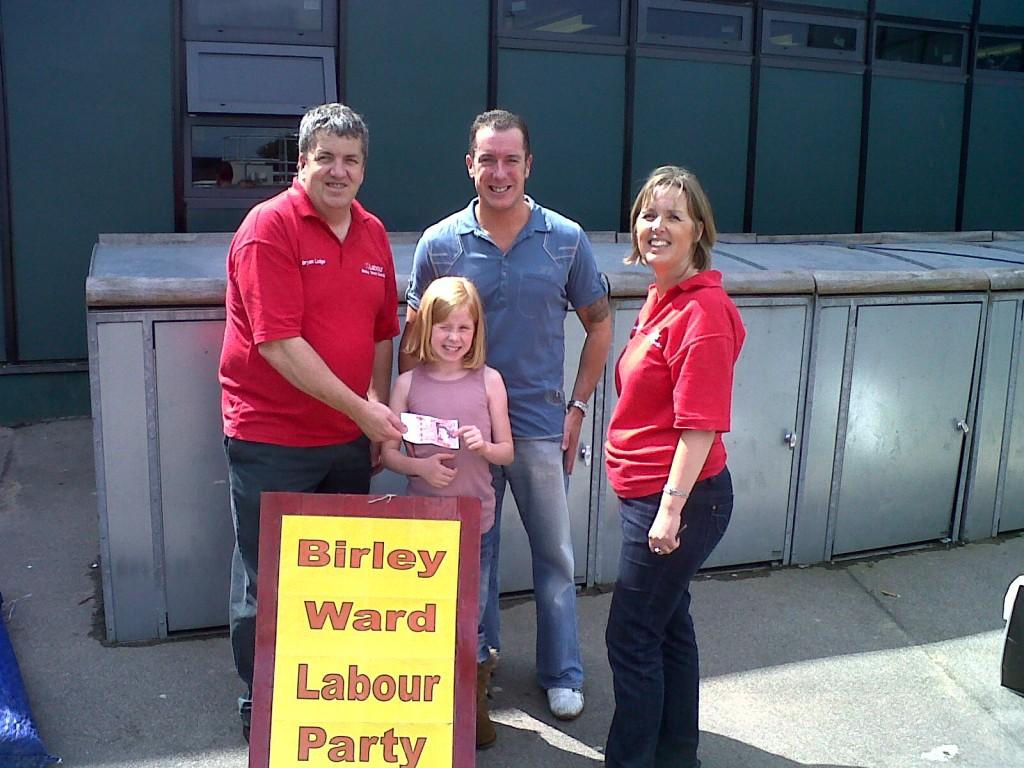 Bryan Lodge, Karen McGowan and Lucky Winner at Birley Federation Fun Day
