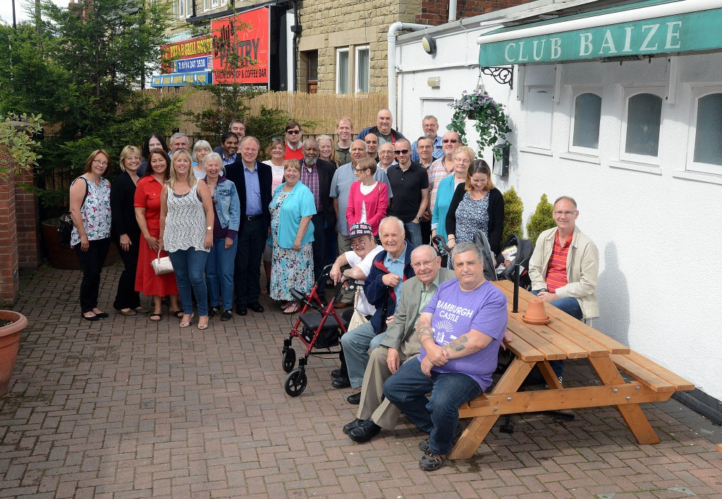 Clive Betts MP. Club Baize Beighton Barbeque (1)